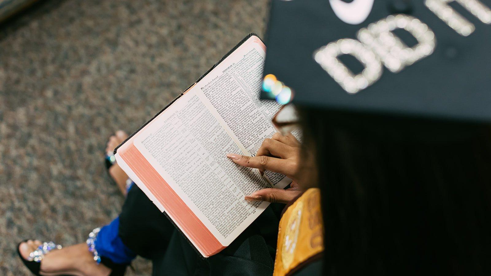 Maliyah's graduation photoshoot.