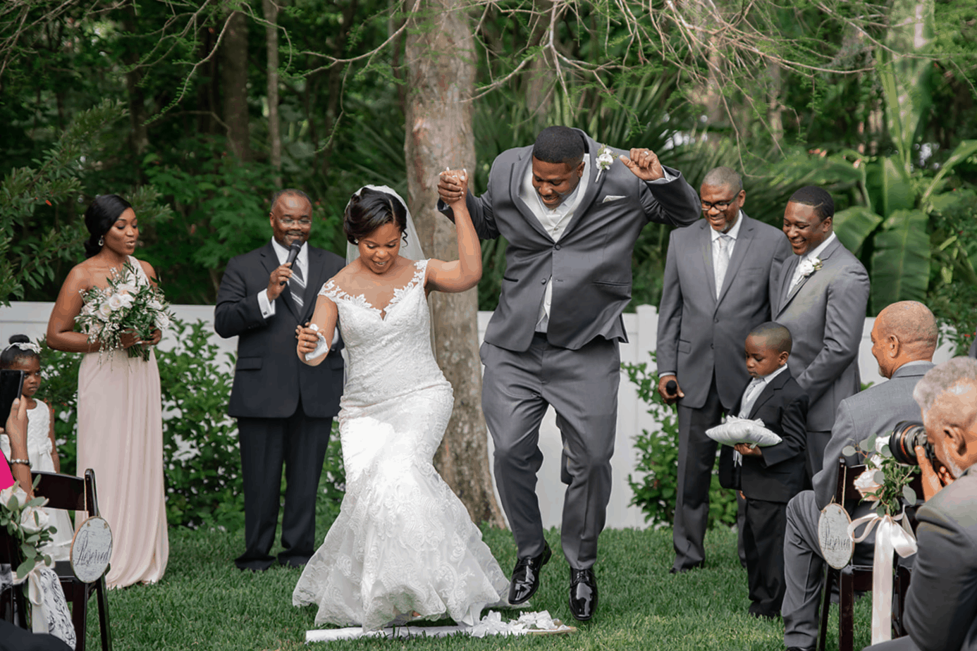 7 Timeless Wedding Traditions To Make Your Day Memorable